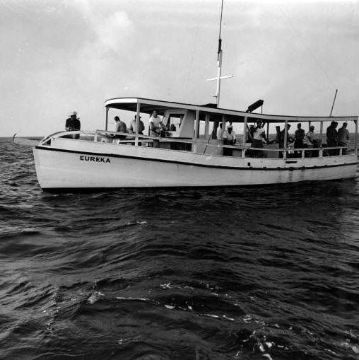 Vintage photos of destin beach condos in destin for Party boat fishing