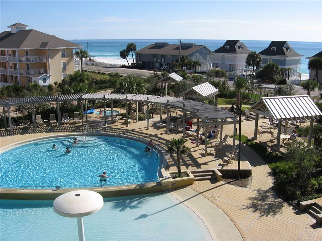 The pool at Beach Resort